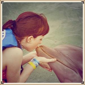 dolphin_Fotor